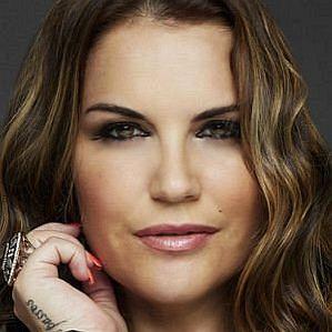 Katia Aveiro profile photo
