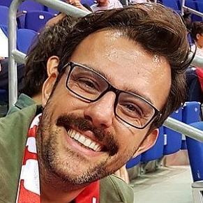 who is Salih Bademci dating