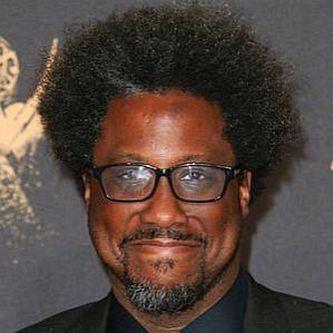 Walter Kamau Bell profile photo