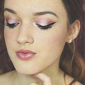 Julie Bellezzabeauty03 profile photo