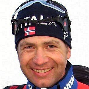 who is Ole Einar Bjorndalen dating