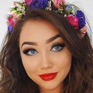 Gina Box profile photo