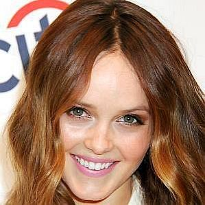 who is Rebecca Breeds dating
