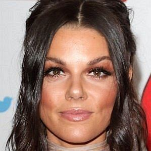 Gareth Gates Girlfriend