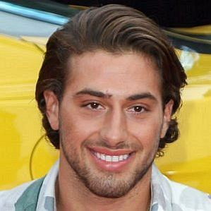 Kem Cetinay profile photo