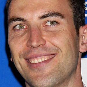 who is Zdeno Chara dating