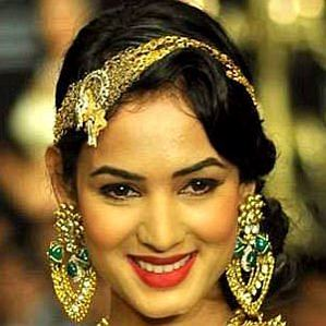 Sonal Chauhan profile photo