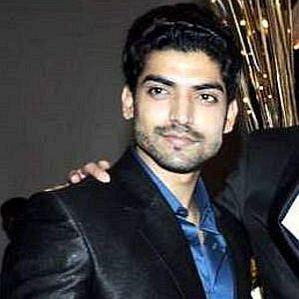 who is Gurmeet Choudhary dating