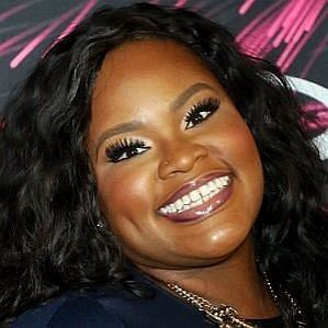 who is Tasha Cobbs dating