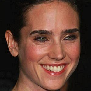 who is Jennifer Connelly dating