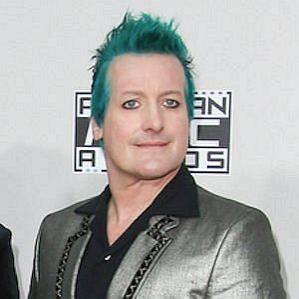who is Tre Cool dating