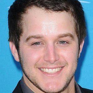 Easton Corbin profile photo