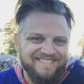 Dan LifeMeetsFamily profile photo