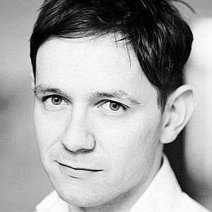 Iestyn Davies profile photo