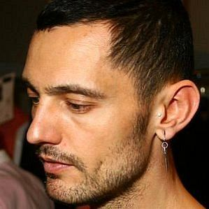 David Delfín profile photo