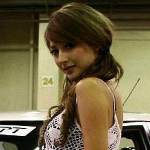 Leah Dizon profile photo