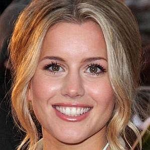 Caggie Dunlop profile photo