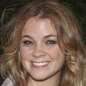 who is Lenay Chantelle Olsen dating