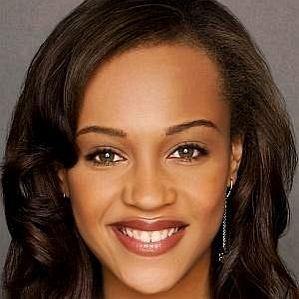 Reign Edwards profile photo