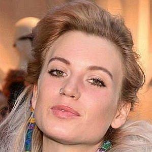 Anabel Englund profile photo