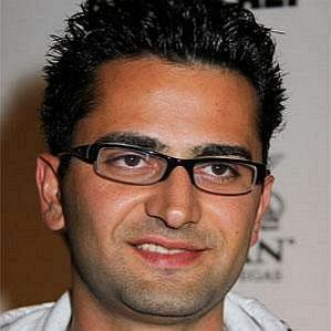 Antonio Esfandiari profile photo