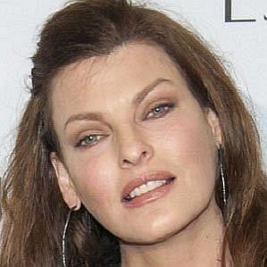 Linda Evangelista profile photo