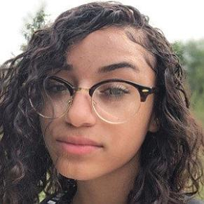 Eleniza Familia profile photo