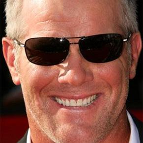 who is Brett Favre dating