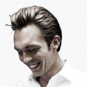 Joshua Fields Millburn profile photo