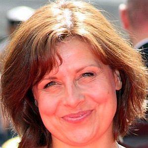 Rebecca Front profile photo