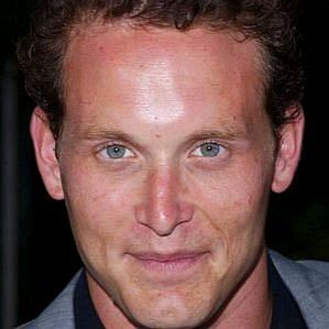 who is Cole Hauser dating