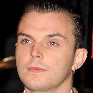 Theo Hutchcraft profile photo