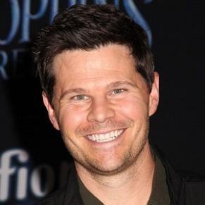 Ian Reed Kesler profile photo