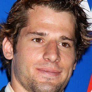 who is Ryan Kesler dating