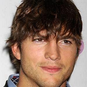 who is Ashton Kutcher dating