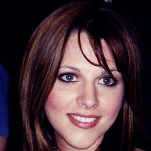 Adrianne Leon profile photo