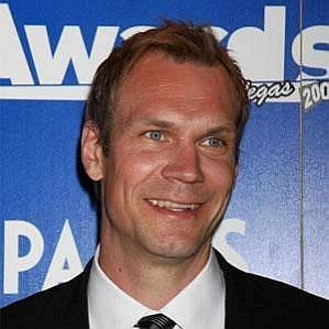 Nicklas Lidstrom profile photo