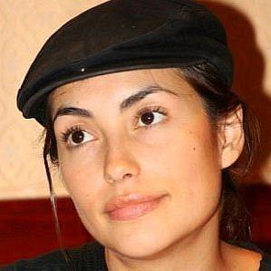 who is Iyari Limon dating