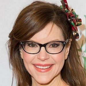 Lisa Loeb profile photo