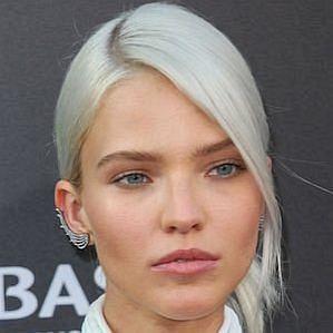 Sasha Luss profile photo