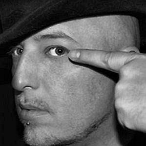 Jon Luvelli profile photo