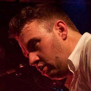 Chris Mac profile photo