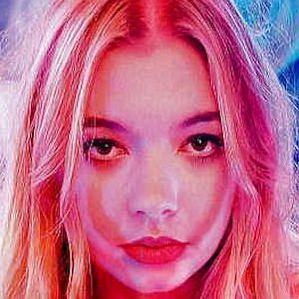 Becca Macintyre profile photo