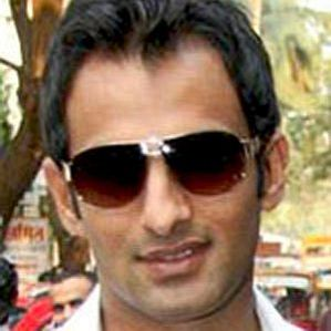 who is Shoaib Malik dating