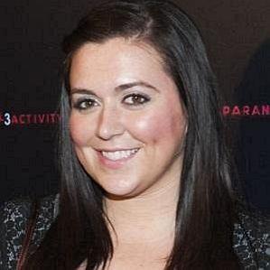 who is Lauren Manzo dating