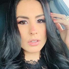 who is Fabiola Martinez dating