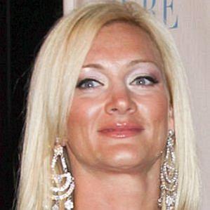 who is Jennifer McDaniel dating