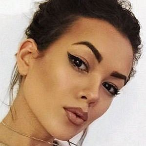 Chloe Helen Miles profile photo