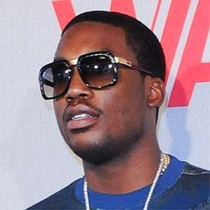 who is Meek Mill dating