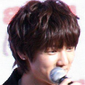 Kang Min-hyuk profile photo